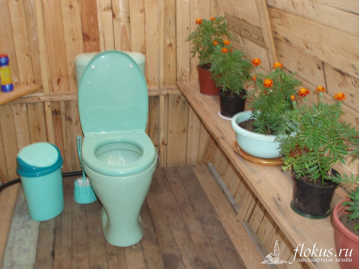 Дизайн дачного туалета внутри своими руками 84