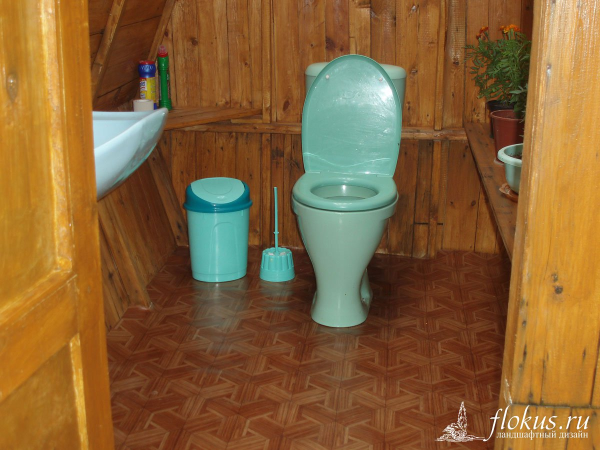 Как сделать сидение в уличном туалете